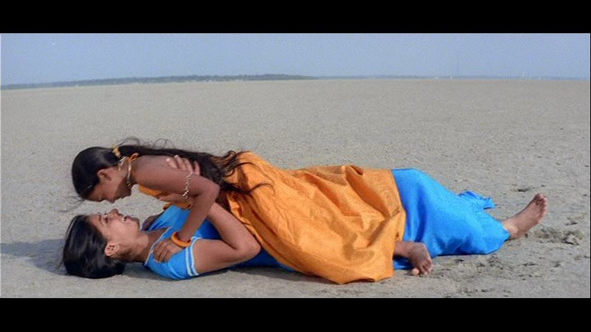 Nenjil Song shot at Dhanushkodi